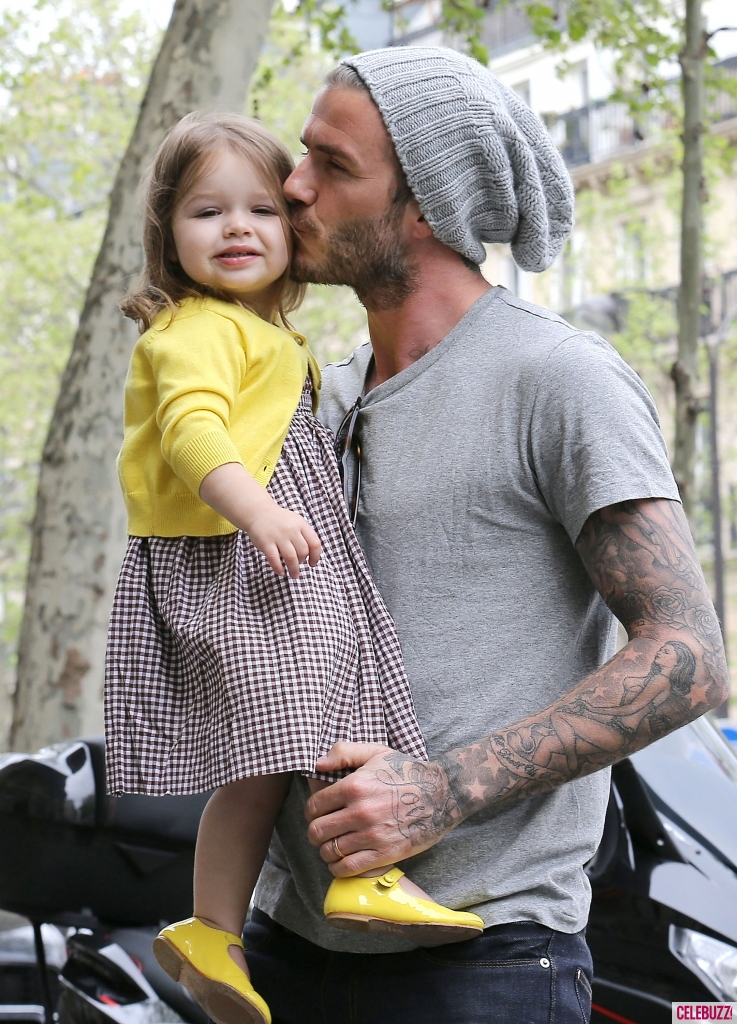 david-beckham-harper-victoria-shopping-paris-050313-6-737x1024
